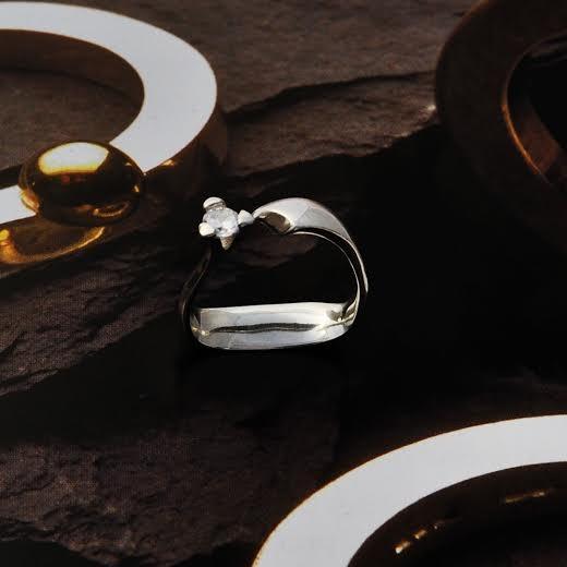 nyitott köves szoliter ezüst gyűrű
