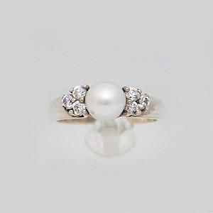 Gyöngyös ,brilles arany gyűrű